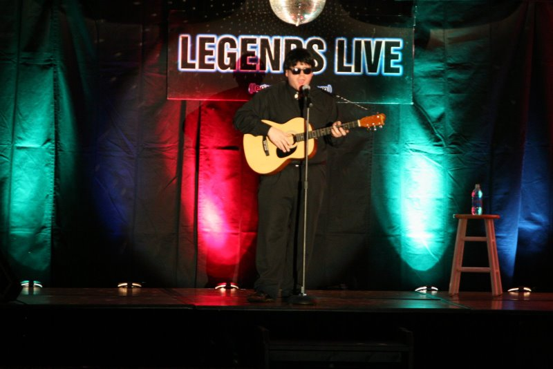 andy davis as roy orbison, fern hill, cupids night, empire entertainment, legends live